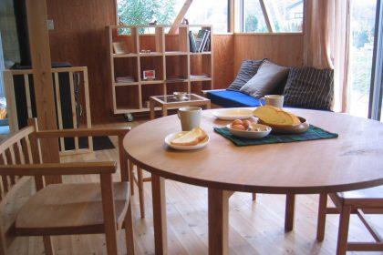 ①ダイニングテーブルの大きさを決めよう